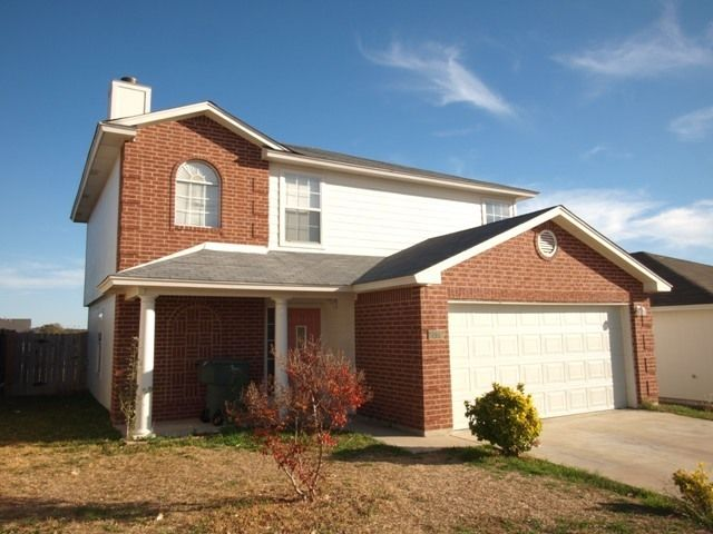 A medium sized house that uses Linnemann Realty's property management in Killeen TX